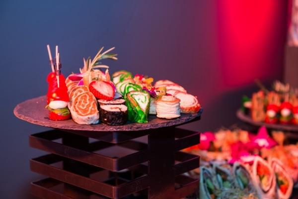 Sushi z cateringu